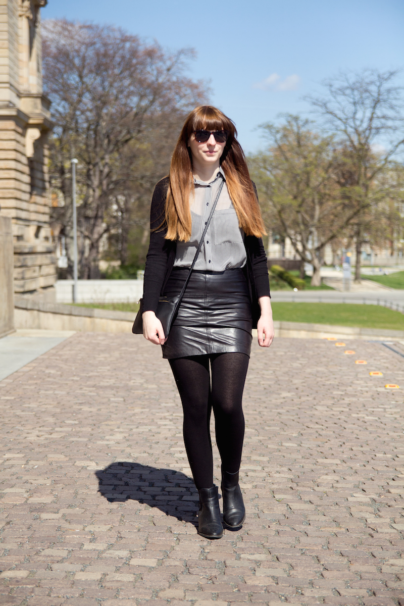 leather skirt, houndstooth, black and white, schwarz weiß