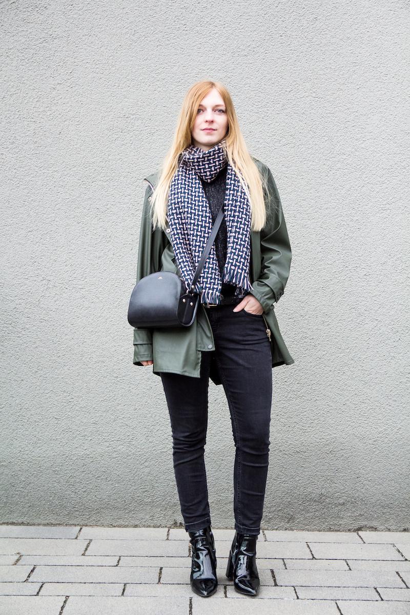 Regenjacke, how to wear, wie trage ich, Fashionblogger, Lackstiefel