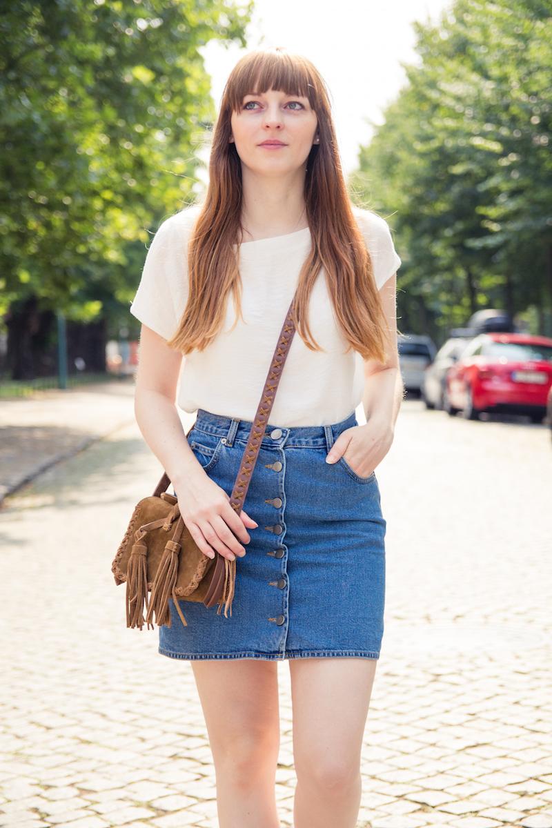 button down denim skirt, button front skirt, fringes
