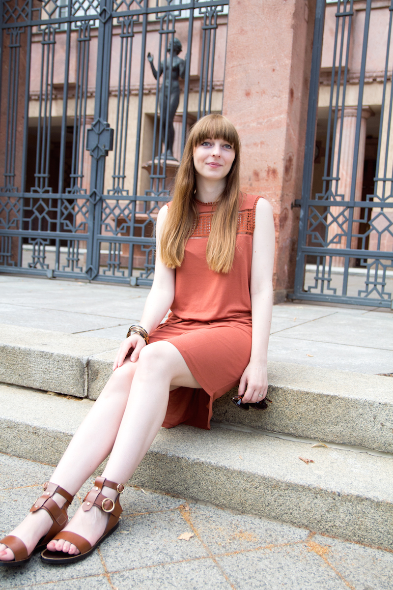 bloggerstyle, rust, römersandalen, dress