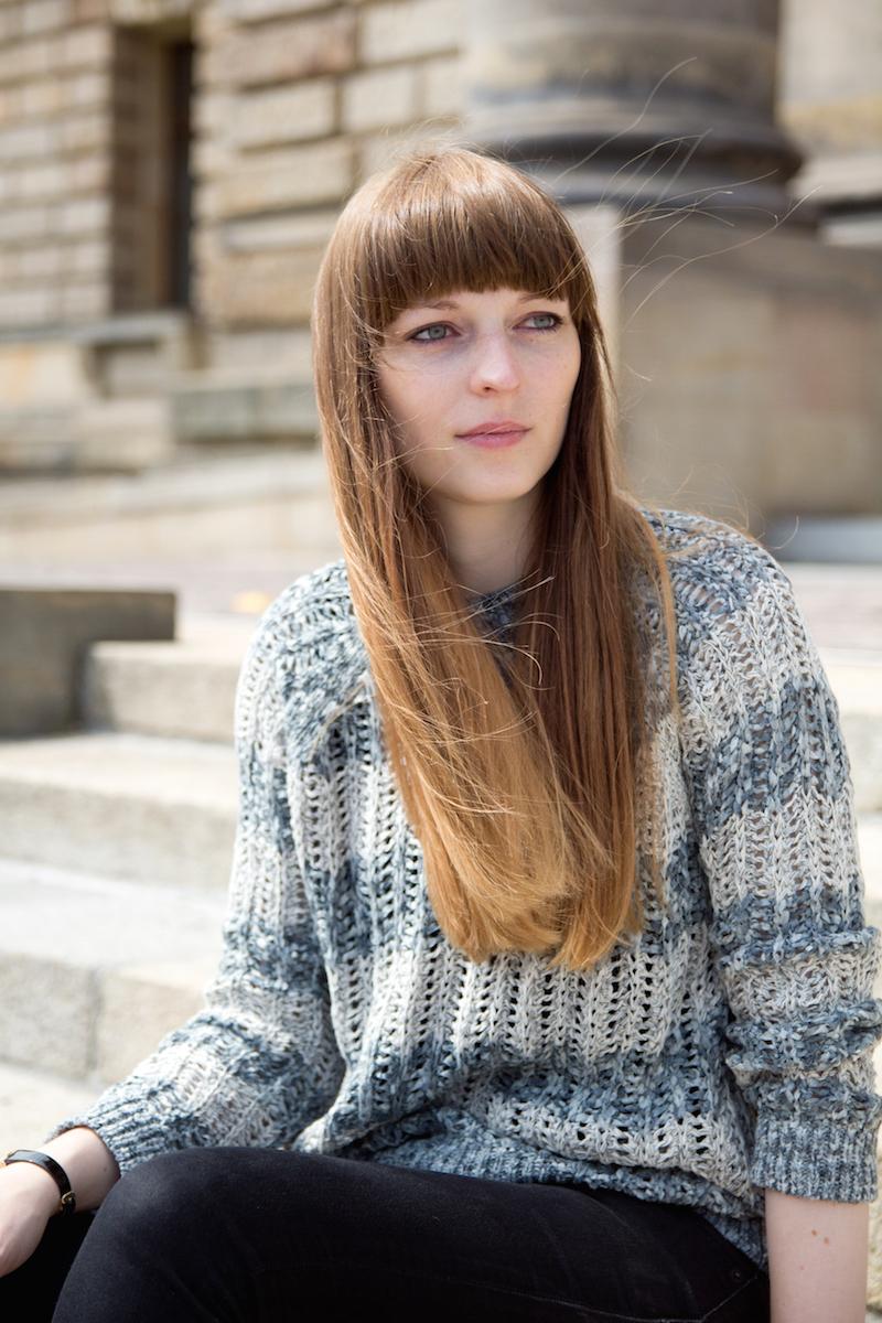 blue stripes, lochmuster, bloggerstyle
