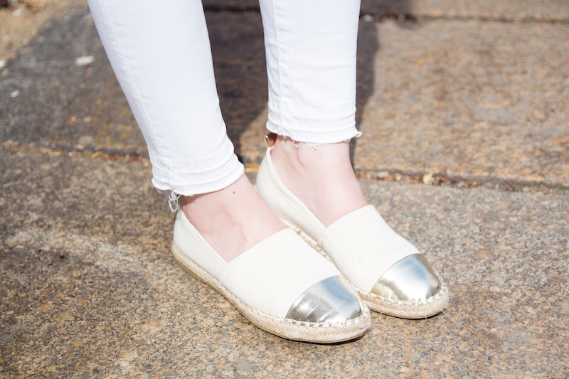 all white outfit, look, metallic cap toe espadrilles, detail, zara, streetstyle, how to wear, wie trage ich