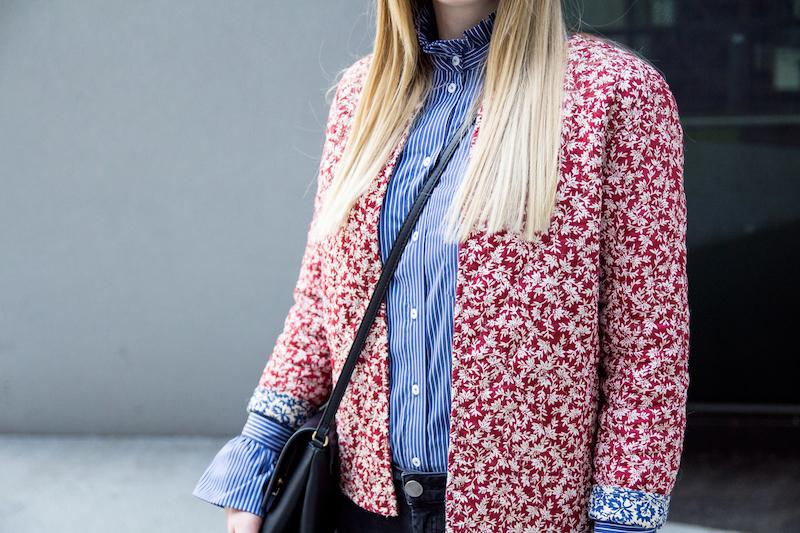 Outfit gestreifte Hemdbluse mit Statementärmeln, statement sleeves, floral, stripes, pattern, mix, Muster, Look