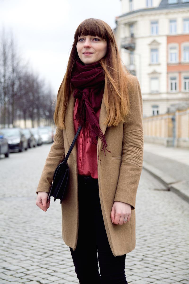camel coat, pink blouse, styleblogger