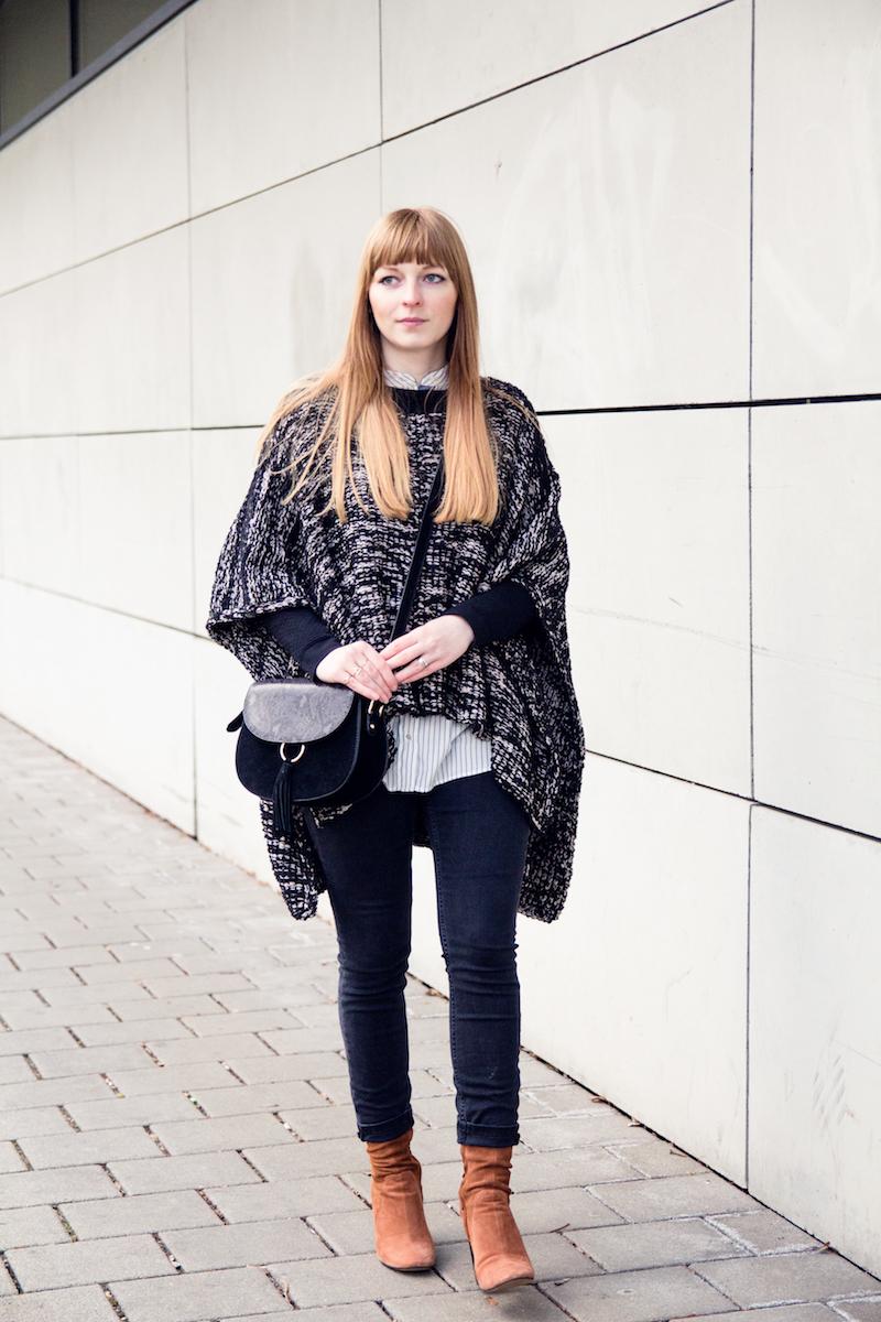 Poncho, Outfit, high heel suede ankle boots, Wildlederschuhe, Modeblogger, saddle bag