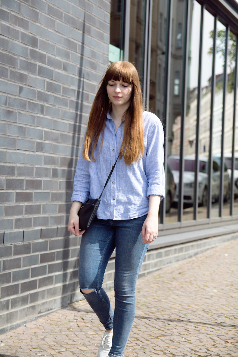 ripped jeans, bloggerstyle, styleblogger, striped blouse