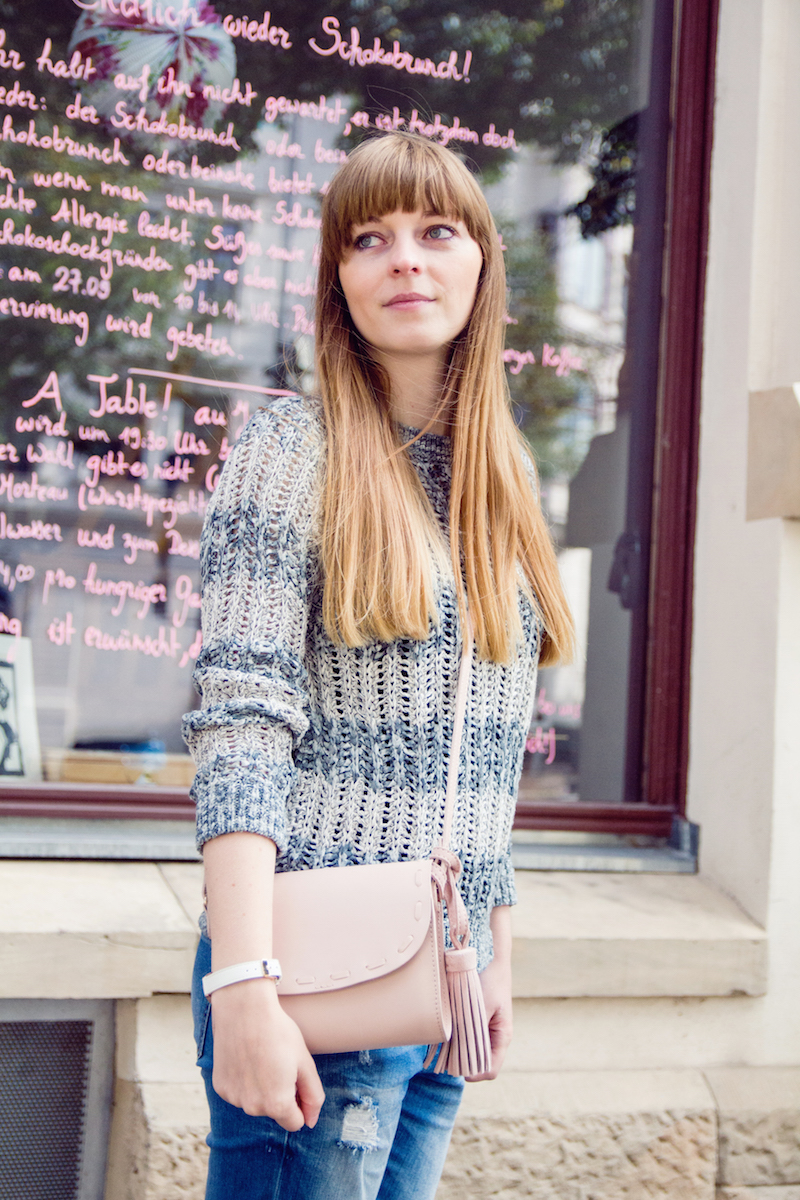 pastel, pastell, sweater, stripes, bag with fringes