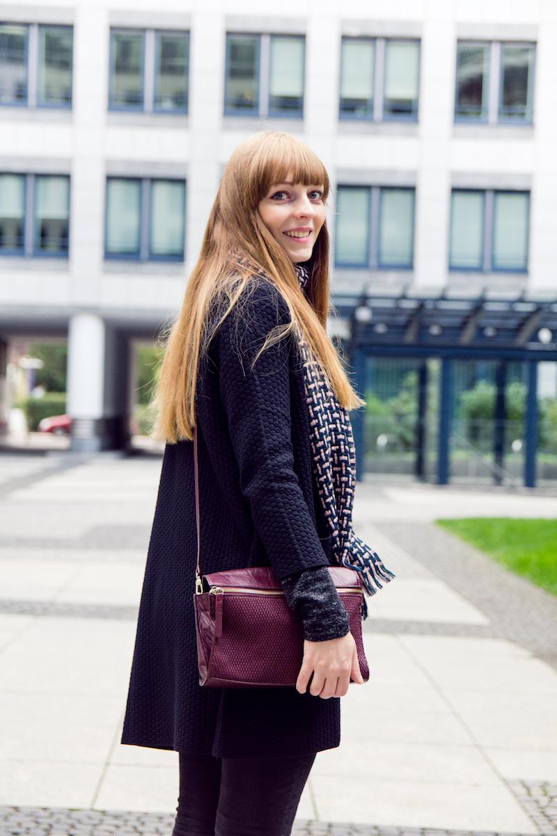 burgundy bag, detail, cardigan, autumn outfit, Herbstoutfit