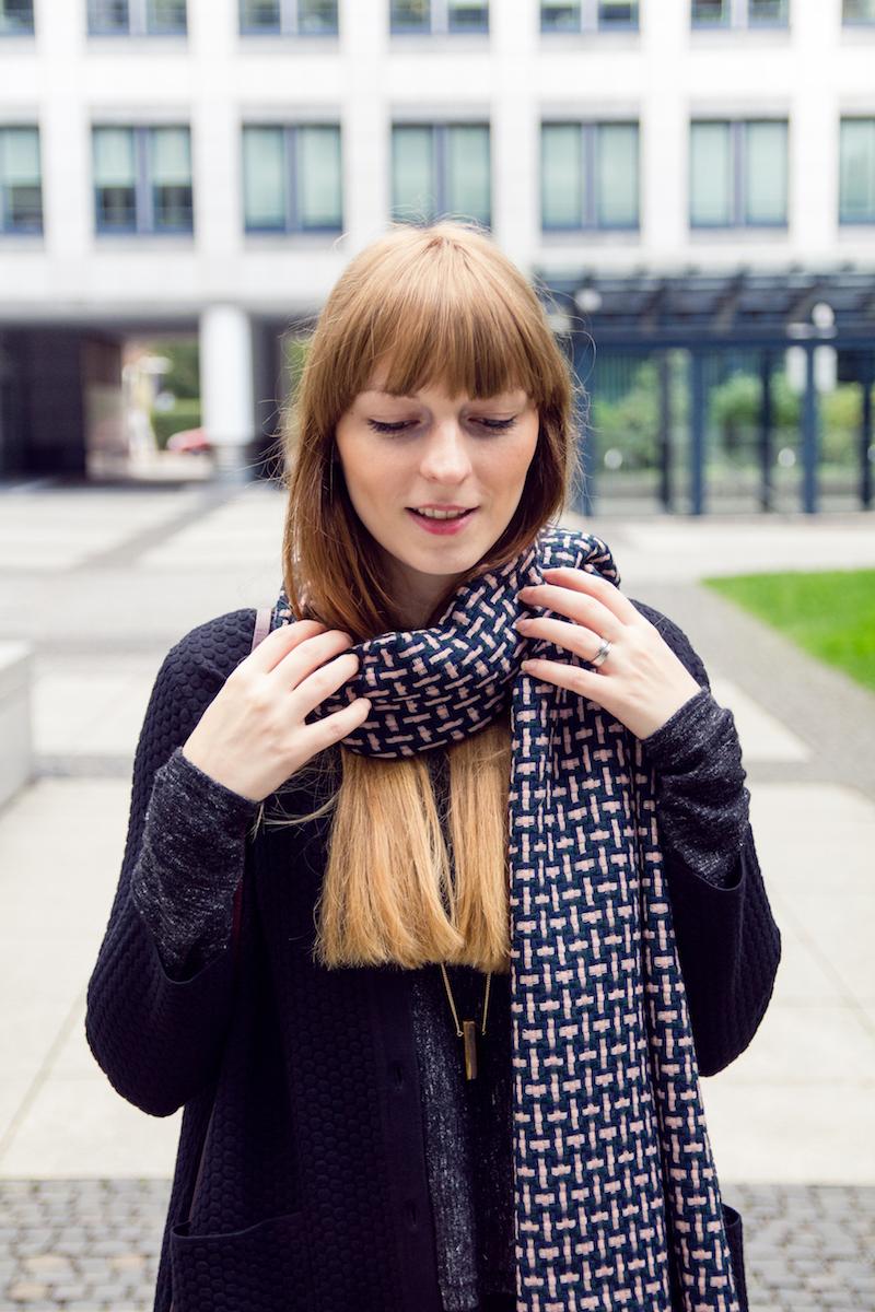 detail, schal, braided wool scarf,