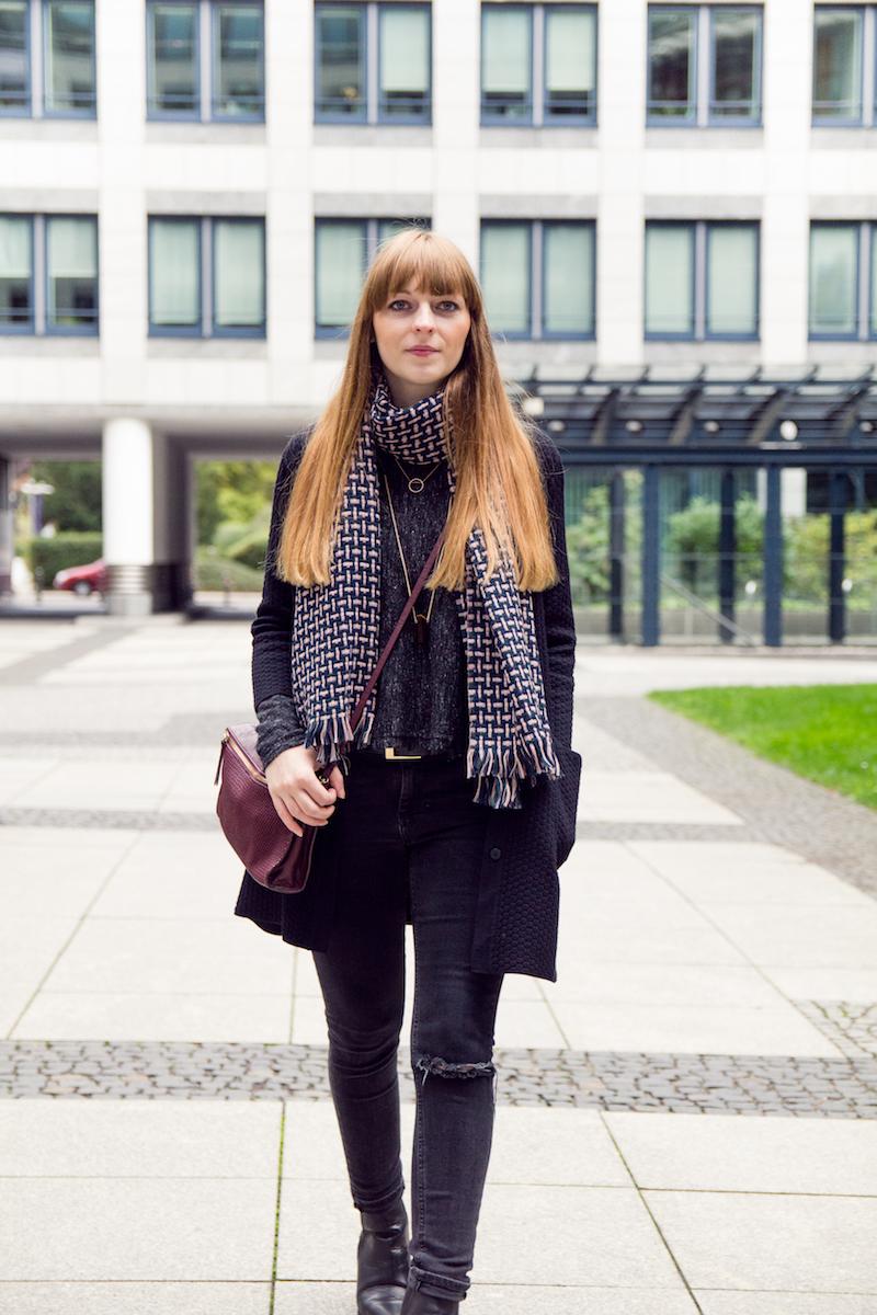 clarabour, autumn style, look, burgundy bag, how to style