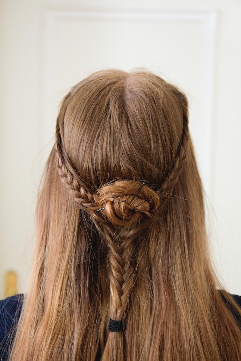 flower fishtail braid, rosette fishtail braid, tutorial, how to
