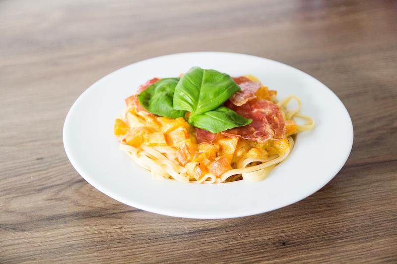 Rezept Pasta mit Kürbis Carbonara, Pasta with Pumpkin, Nudeln