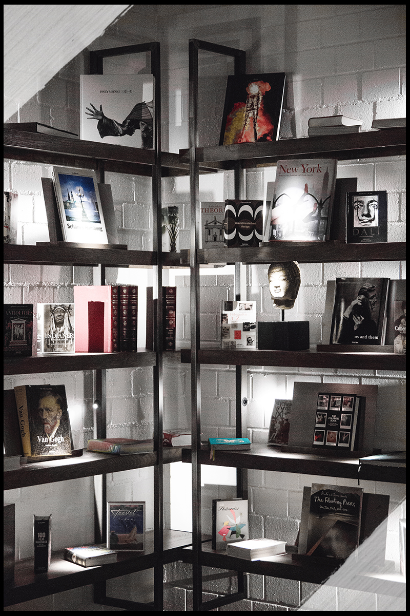 Interior, Hotel, Gastwerk, Hamburg, Regal, Bücher